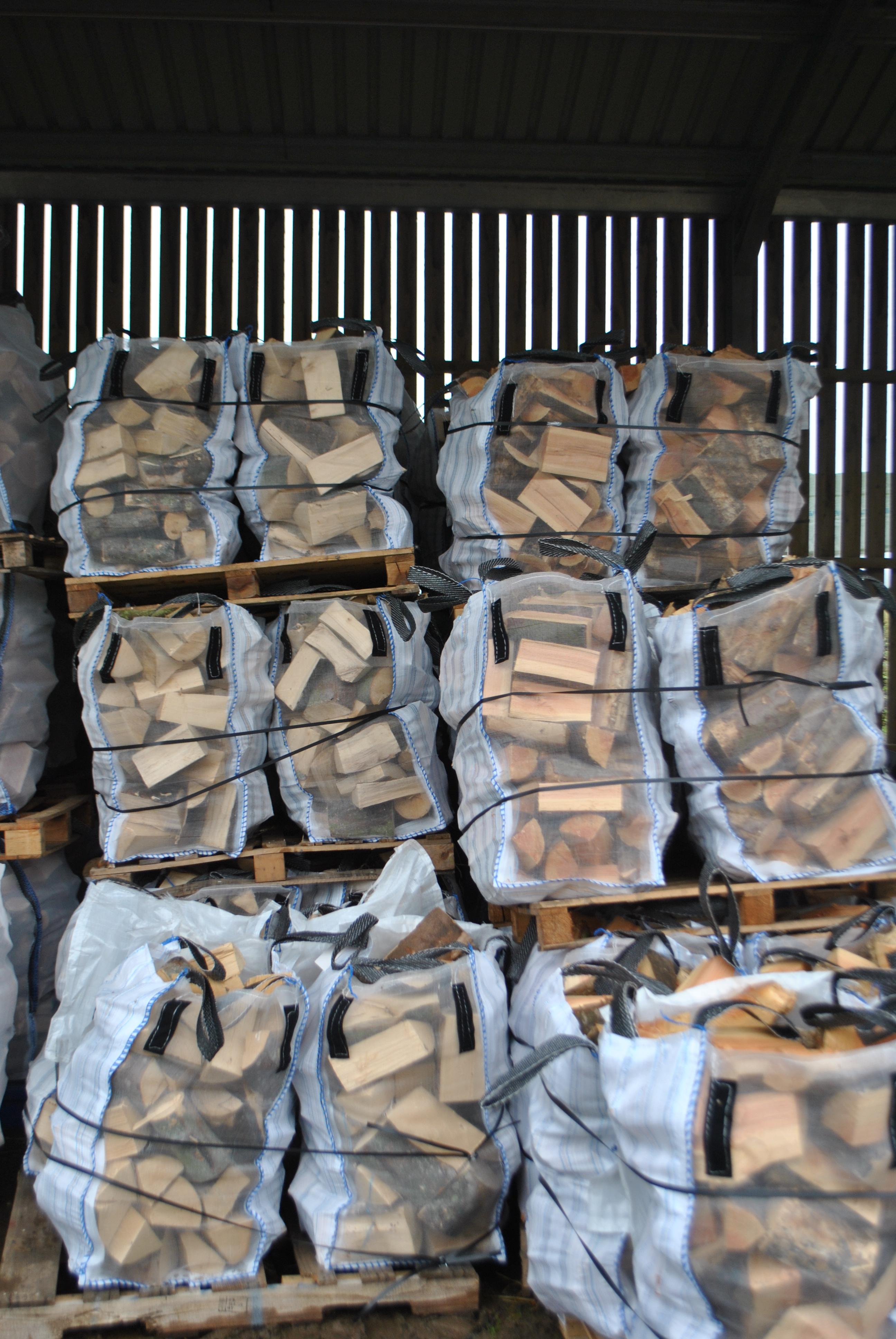 Softwood Quart Bag Borders Firewood
