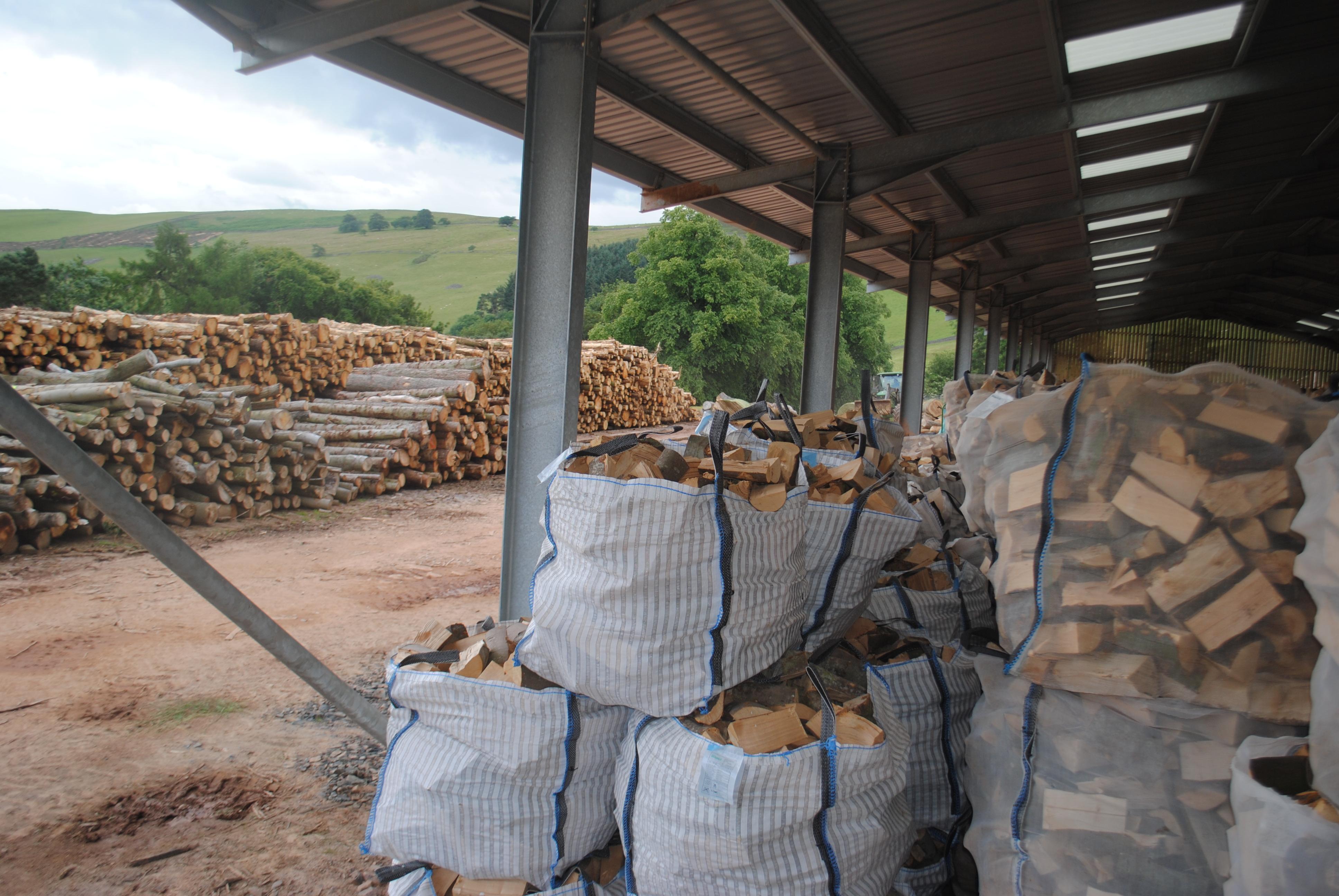 Kiln dried oak and birch half bag cm
